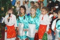 Воспитанники детского сада №8 м.Комрат в канун Нового года по старому стилю поздравили руководство и сотрудников примэрии  Комрата (фоторепортаж)