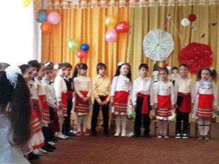 Праздник «Мэрцишор» прошел в Комратском детском саду №4