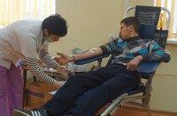 """В Комрате прошла акция """"Сдай кровь - подари жизнь"""" (фоторепортаж)"""
