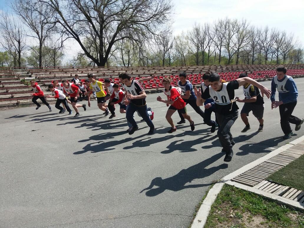 Самые яркие моменты легкоатлетического соревнования в Комрате (фоторепортаж)