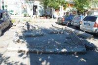 В связи с проведением строительных работ на улице Победа в районе поликлиники приостановлено движение автотранспорта
