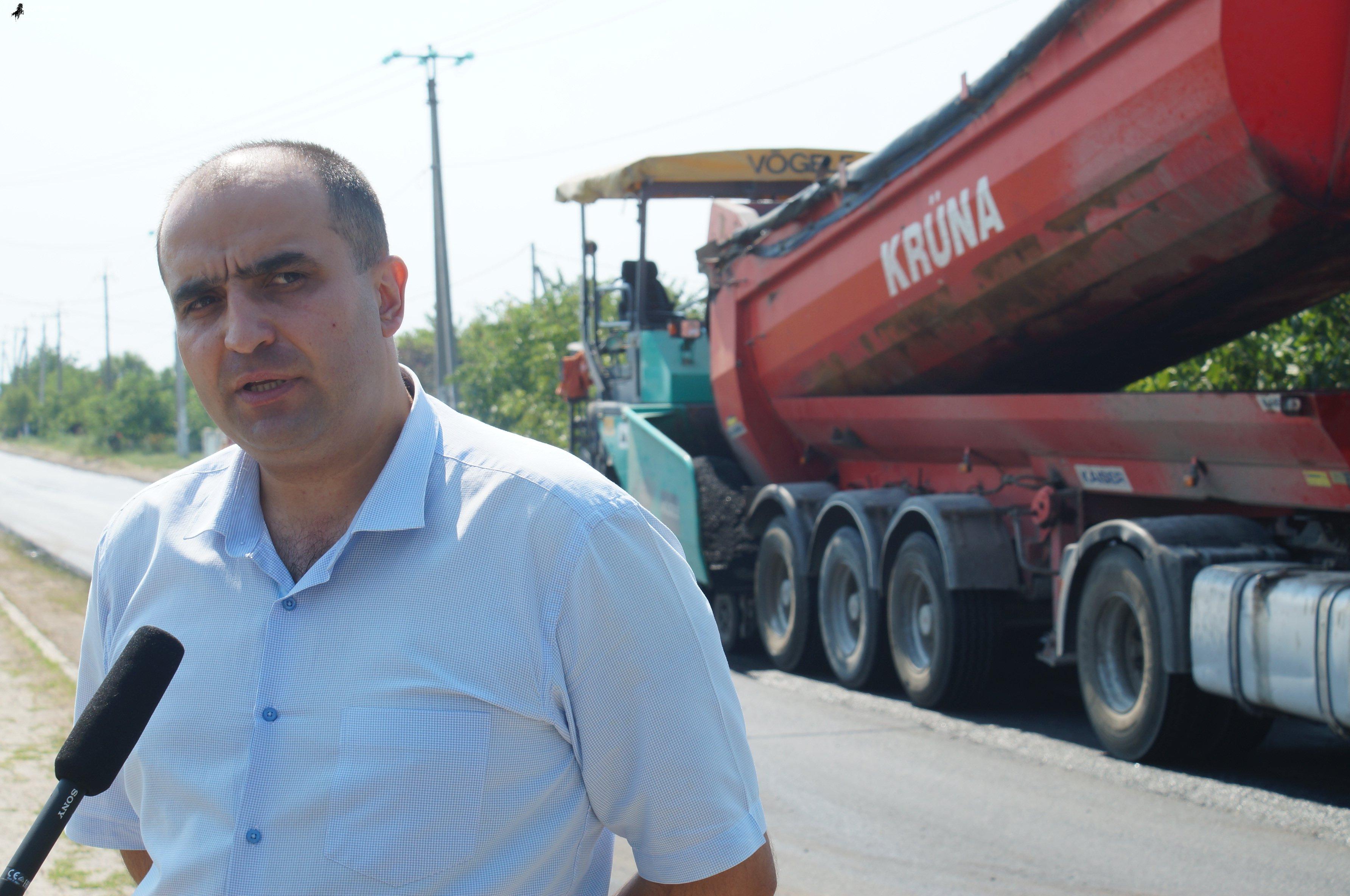 Работы по ремонту дороги на ул. Шевченко в Комрате ведутся качественно