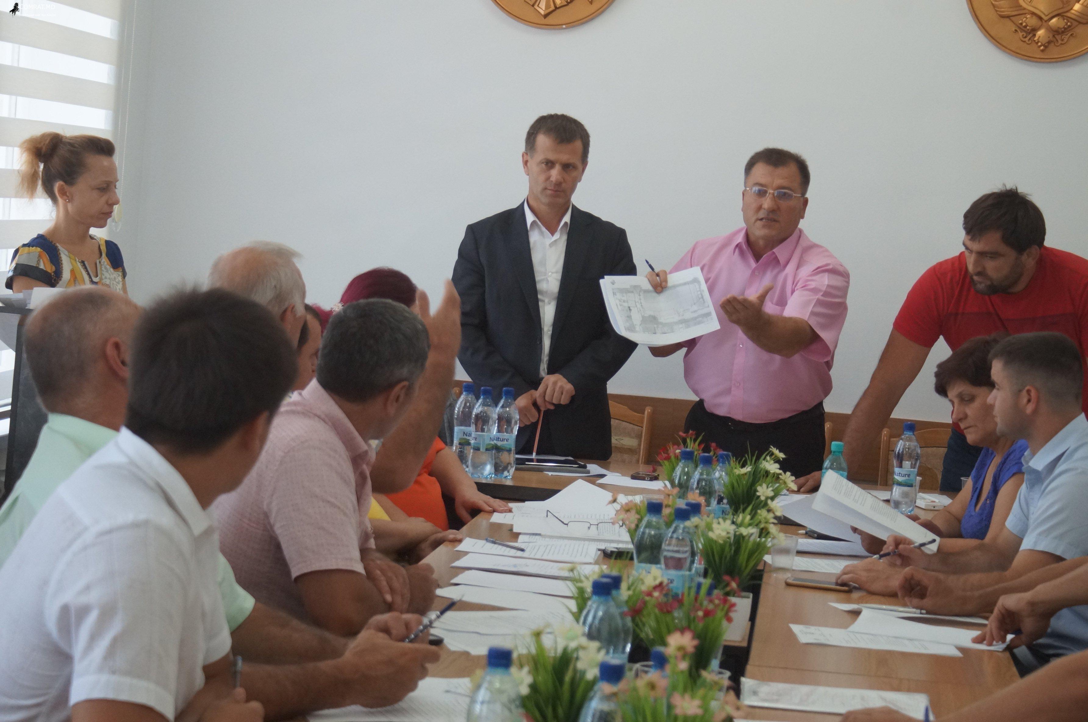 Заседание муниципального совета Комрат от 25 августа 2017г (фоторепортаж)