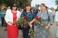 Руководство и жители Комрата возложили цветы к Мемориалу Славы (фоторепортаж)
