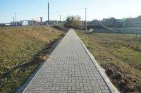 Работы по укладке тротуарной плитки продолжаются в районе ПЮЭС мун. Комрат