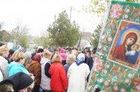 Тысячи комратчан посетили на Радоницу городские кладбища (фоторепортаж)