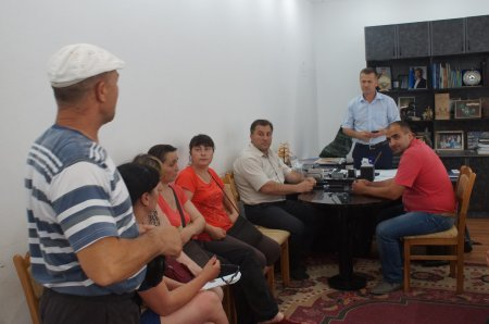 Группа торговцев овощного рынка потребовала ликвидировать уличную торговлю в Комрате.